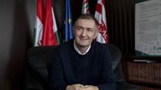"""""""A politikusbűnözőktől el kell venni, és a magyar embereknek vissza kell adni a lopott pénzt"""""""